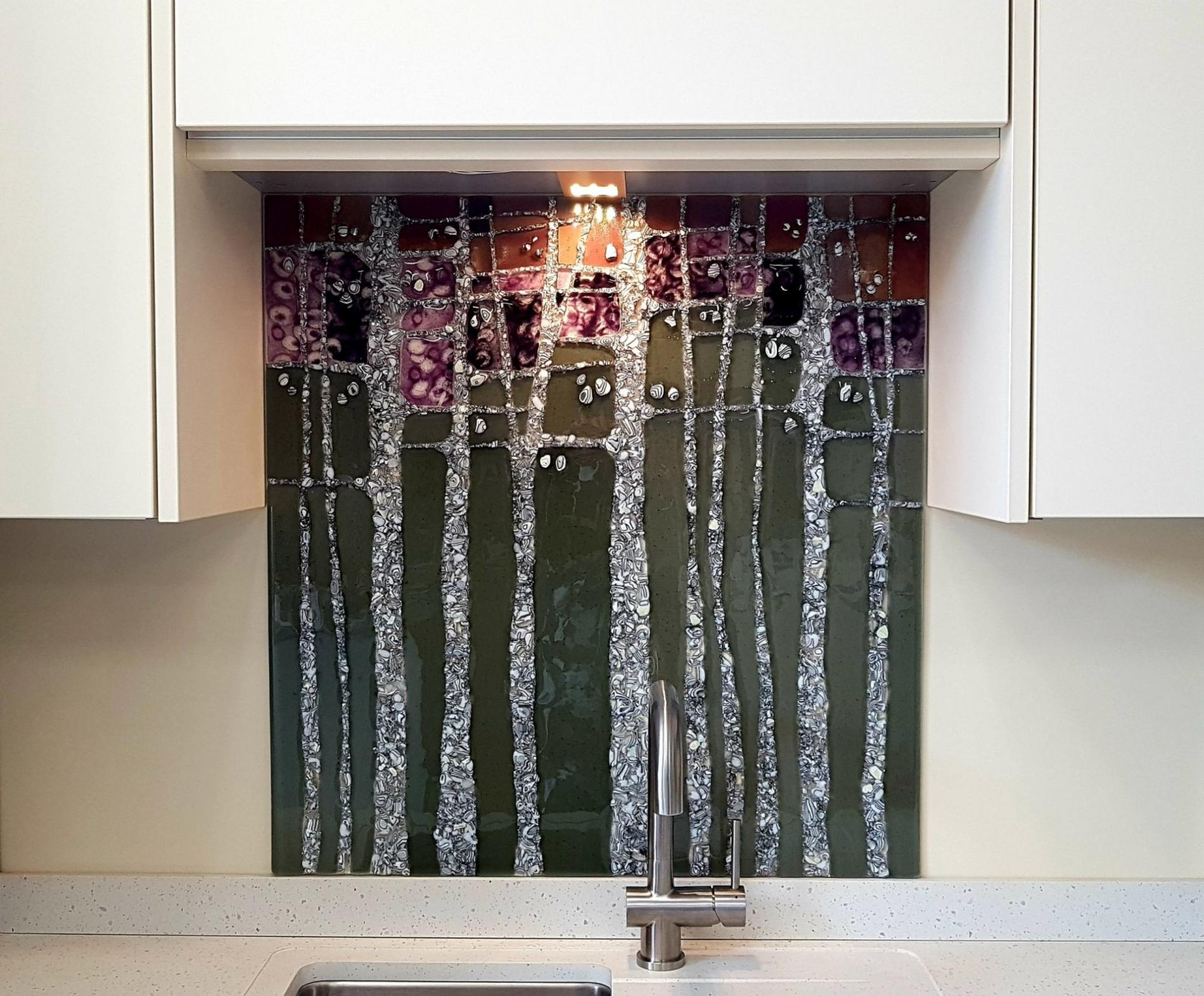 Pebble Trees Silver grey_violet splashback